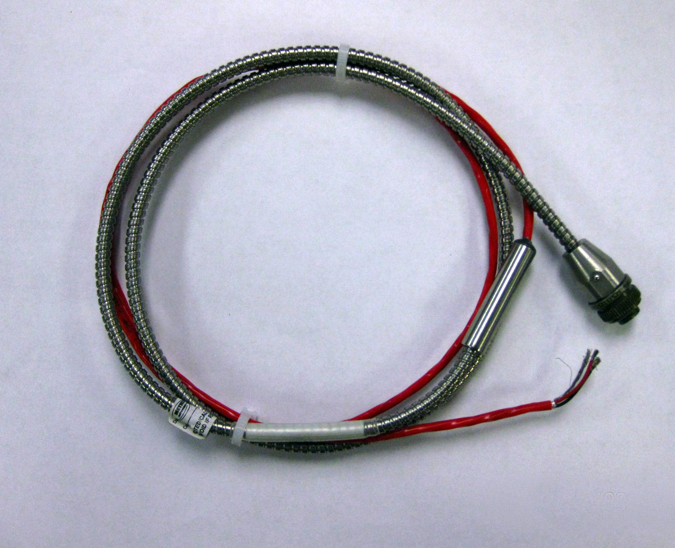 Armored Cable Stainless : Cable assembly with stainless steel armor